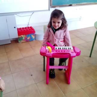 Laura Pianista